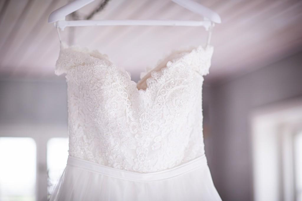 Old wedding dress -ohlalawedding.com
